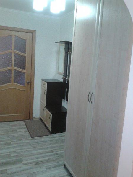 шкаф и зона вешалки