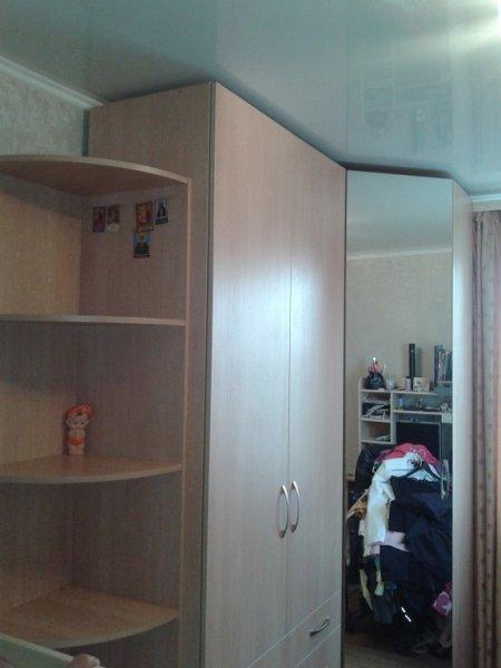 шкаф угловой и 2х дверный