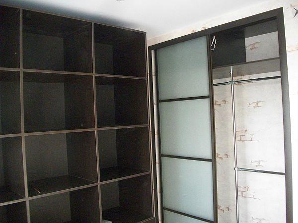 встроенный шкаф-купе, стекло