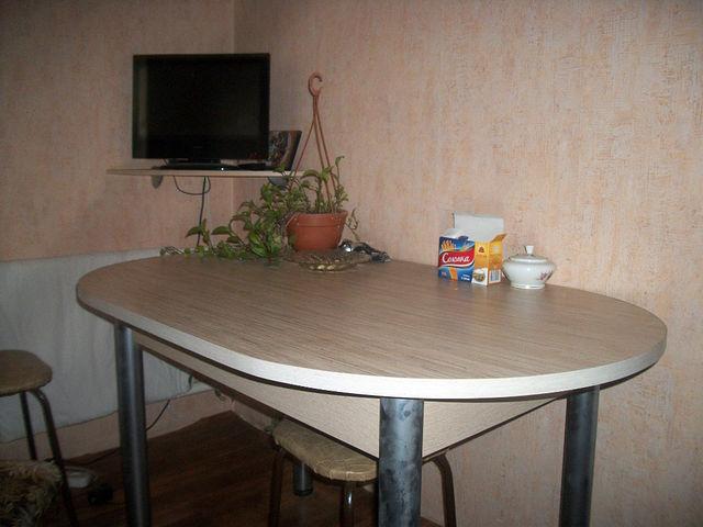кухонный стол, обеденный