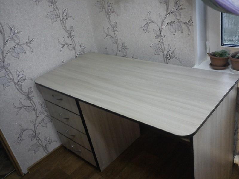 столик племяннице